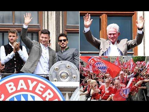 Bayern Munich players give Jupp Heynckes emotional farewell