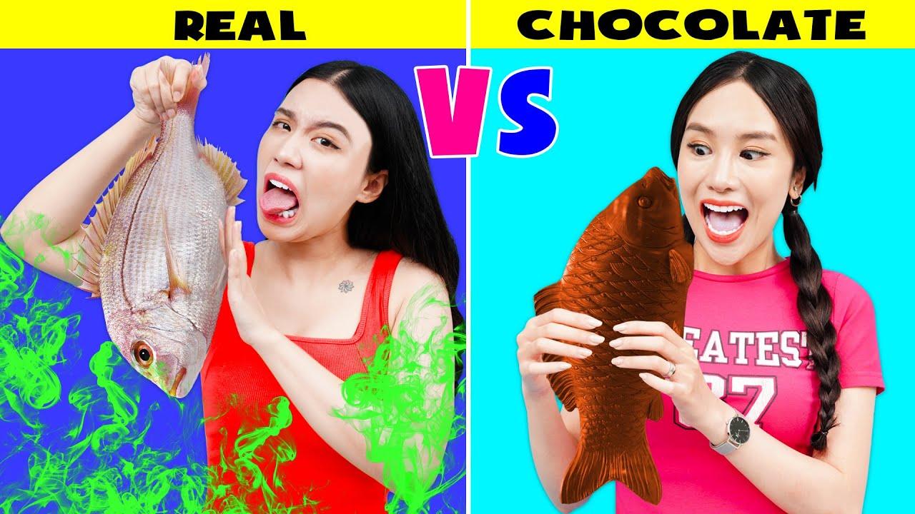 DESAFÍO DE COMIDA REAL VS. DE CHOCOLATE || Guerras de bromas por T-STUDIO ES