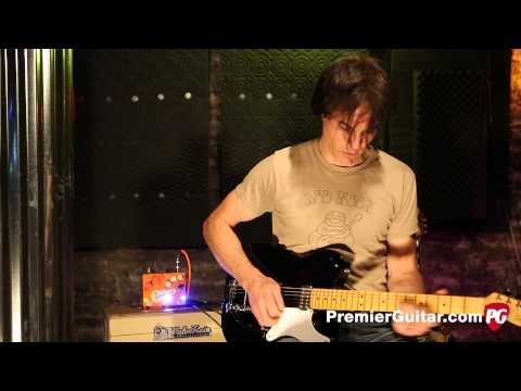 Review Demo - Squier Vintage Modified Cabronita Telecaster with Bigsby