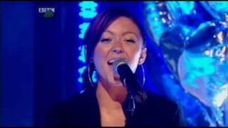 Atomic Kitten - Love Doesn't Have to Hurt (Live @ TOTP)