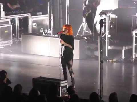 8/21 Paramore - Part II @ Beacon Theatre, NYC 5/06/15 Writing the Future Tour