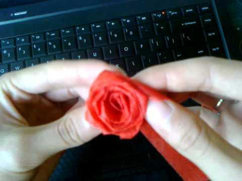 [Truyenky.vn]+Hướng dẫn làm hoa hồng bằng giấy By emvit
