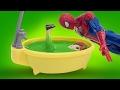 Анна в ванне из лизуна Спайдермен спешит на помощь Spiderman Frozen Мультик из игрушек Се�