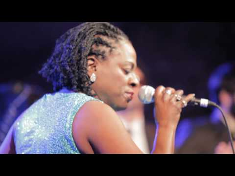 Sharon Jones and the Dap-Kings - I'll Still Be True (Live at SXSW)