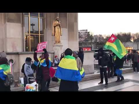 #TogoDebout aux côtés des Gabonais à Paris Trocadéro pour que cessent les dictatures cinquantenaires