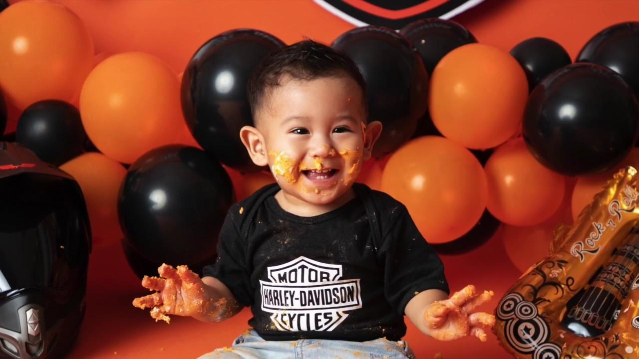 Harley Davidson Smash The Cake