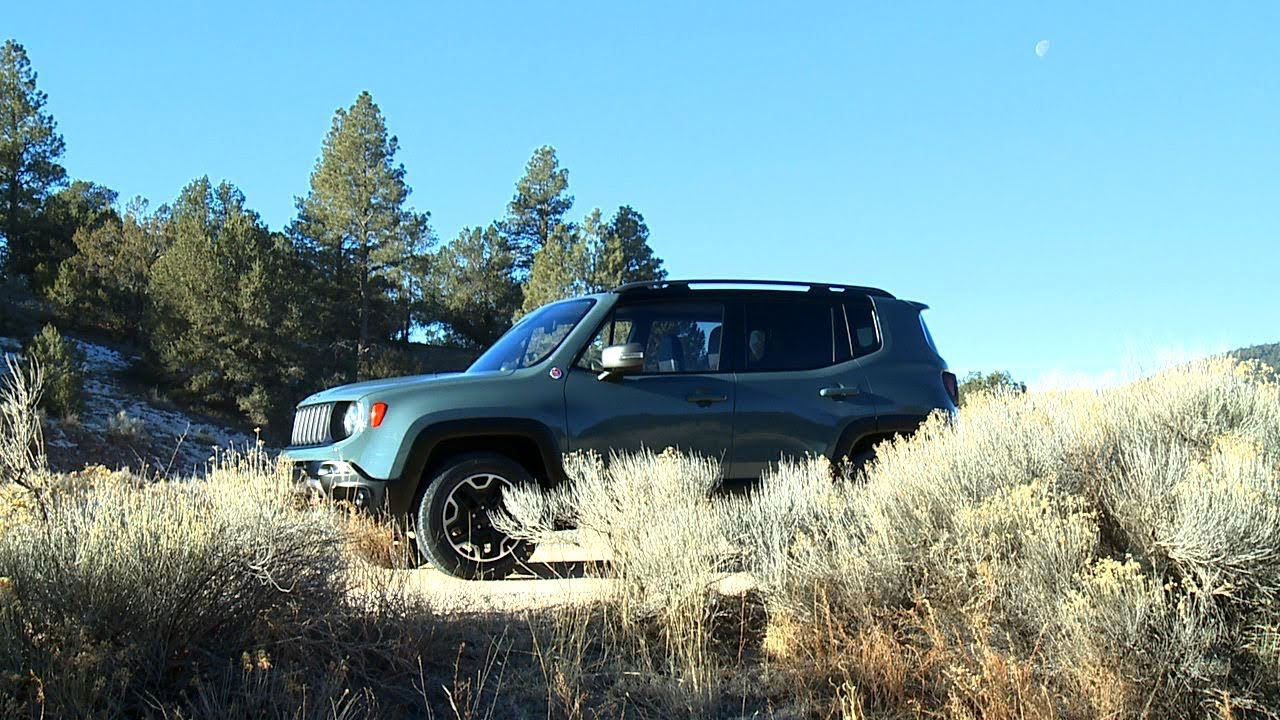 Jeep Renegade Lifted >> 2015 Jeep Renegade Trailhawk - YouTube