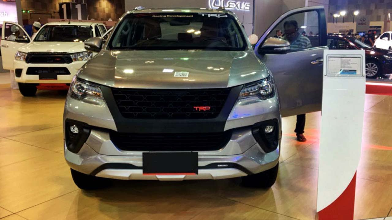 Grill TRD Toyota Fortuner VRZ