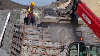 Gabions wall construction - Execução de muro em Gabiões