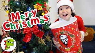 レオくんがクリスマスパーティーをするよ!チキンやお寿司をたべよう!鬼滅の刃のケーキも! トイキッズ