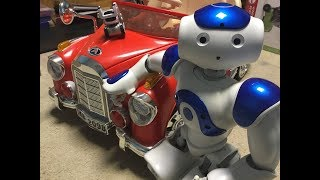 Nao and Cozmo - The Car Wreck!