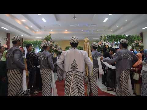 Upacara Adat Mapag Panganten (Kang Hedi & Teh Nabiela) oleh LSS ITB