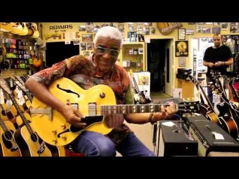 Jazz Legend Phil Upchurch stops by Norman's Rare Guitars