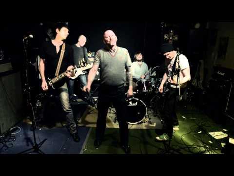 HASS - ZURÜCK IN DIE PSYCHIATRIE (OFFICIAL VIDEO / ALBUM: KACKTUS) - Aggressive Punk Produktionen