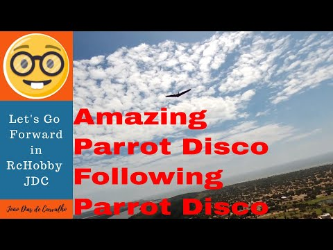 Drone Parrot Disco (How to...) - Follow me, 2 Discos flying together in Blue Sky, Angola