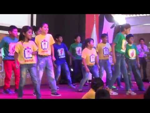 2015 Nov 08 - Oansa final performance of dance at El Shaddai, Ica