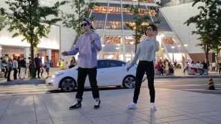 Lia Kim & Tutat / Skrillex - Promises / Dubstep Dance(This place is famous fashion street Dong Dae Moon, South Korea. Freestyle dance on dubstep music, performed by Lia Kim & Tutat. Music / Skrillex - Promises ..., 2014-06-14T10:41:36.000Z)