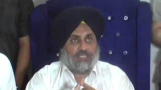 Sukhbir Badal in Funny Mood With Press Reporters (Ludhiana press confrenc)