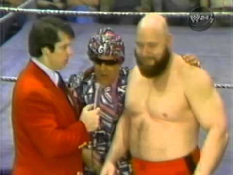 Stan Hansen vs Johnny Rivera  (1976)