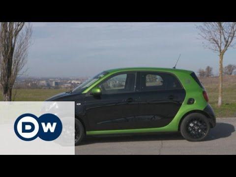 Sparsam: Smart forfour electric drive | DW Deutsch