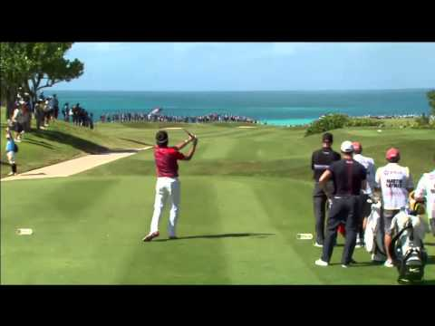 Bubba tries to drive to the No. 15 green at 2014 PGA Grand Slam of Golf