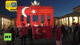 فيديو.. إضاءة بوابة براندنبورغ في برلين بألوان العلم التركي