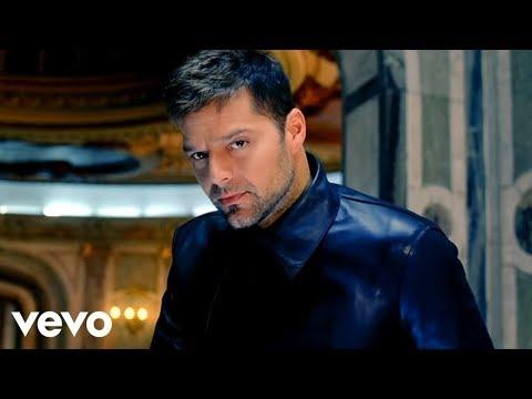 Ricky Martin - Frio ft. Wisin & Yandel
