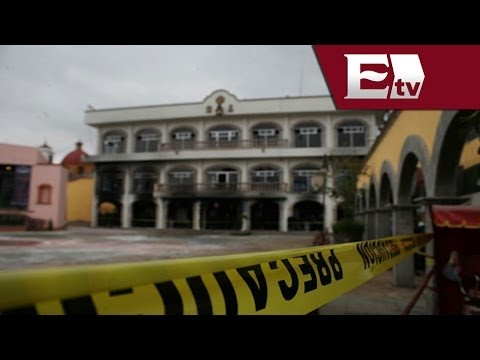 Incendian Palacio Municipal de Huehuetoca por asesinato de un niño/ Mariana H y Kimberly Armengol