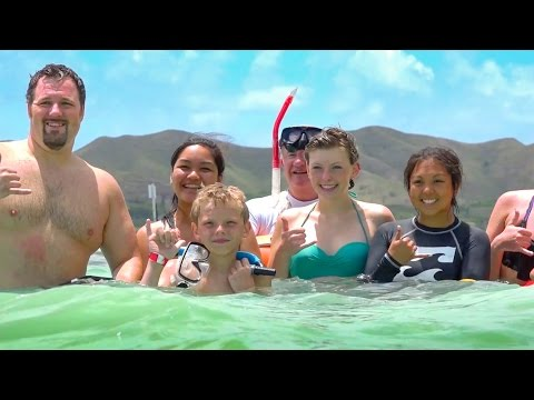 UH Manoa 'Ohana Welcomes Make-A-Wish® Teen