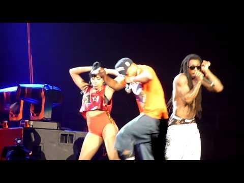 T.I. ft Lil Wayne - Ball LIVE!!
