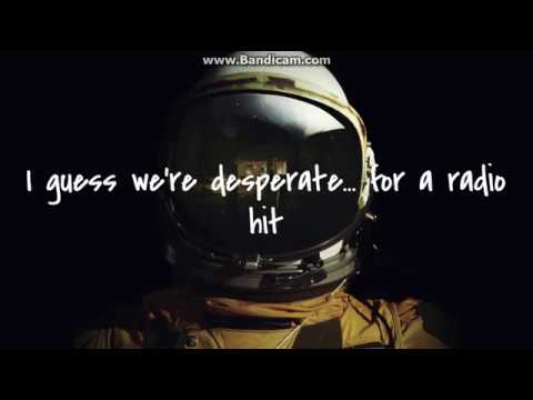Paparazzi - Falling In Reverse lyrics
