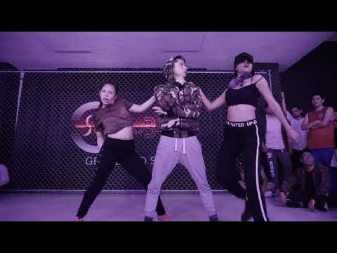 N-fasis - Como Shakira