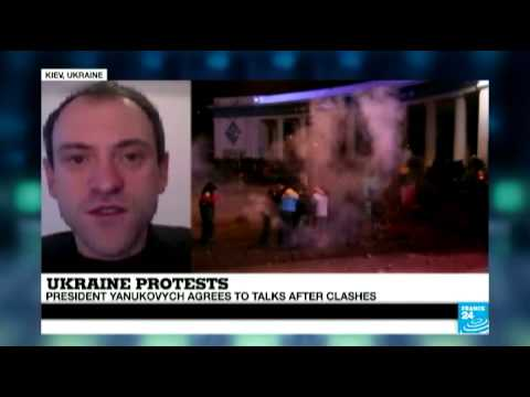"""Ukraine: """"government paid provocators involved"""" in the clashes against Yanukovych's protest ban"""