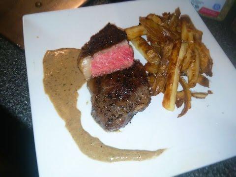 Sirloin Steak With Black Pepper Cream Sauce - The Punkrock-Kitchen (even Punks have a good taste)