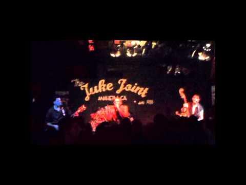Guana Batz- Radio Sweetheart, live at the Juke Joint, Aneheim.wmv