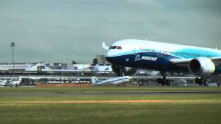 787 Arrives At 2011 Paris Air Show