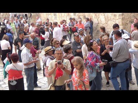 Miles de peregrinos cada día en Tierra Santa