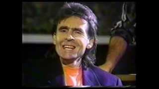 Davy Jones interview at Barrymores Music Hall October 1990