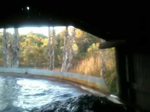 Rocky hollow log ride dreamworld.MOV