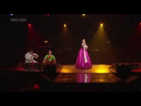 "Korean traditional music ""Minyo"" - 청산리 벽계수야, 태평가"