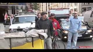 Repeat youtube video سائق طاكسي مغربي يرد اعتداء استهدفه في نيويورك   Hespress