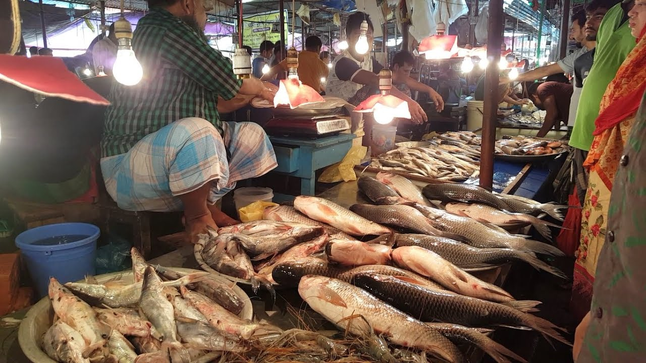 Ramadan fish market 2017 amazing muslim bazar fish for Chinese fish market near me
