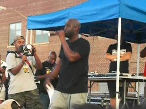 De La Soul  Breakadawn   at Brooklyn Hip Hop Festival 2010