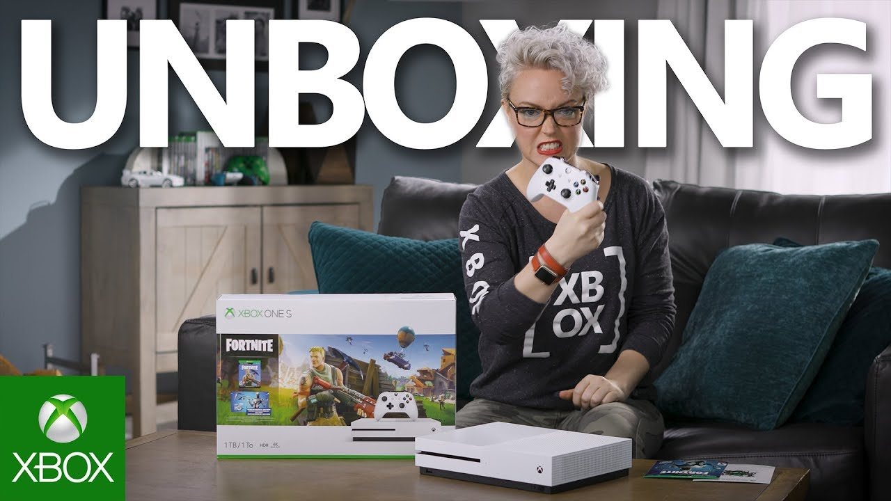 Unboxing Xbox One S Fortnite Bundle Exclusive Eon Cosmetic Set