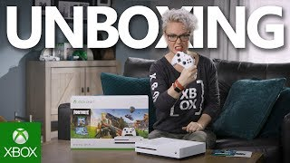 Unboxing Xbox One S Fortnite Bundle (Exclusive Eon Cosmetic Set)