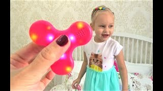 КРУТОЙ спиннер С МУЗЫКОЙ !!!! Развлечение для детей Fun for kids new toy Spinner for kids(, 2017-07-07T18:18:39.000Z)