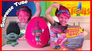 The Kids open a Trolls Treasure Chest with Chupa Chups Surprise Egg