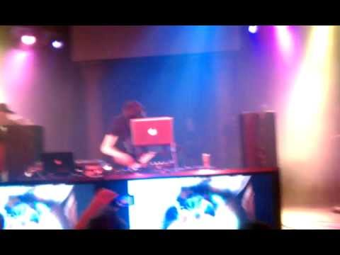 Mord Fustang  Milky Way Pittsburgh 2012