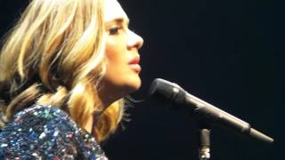 Adele, Water Under The Bridge + talk, The O2 Arena, 05/04/2016