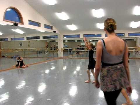 petite_ballet_in_rehearsal.mp4
